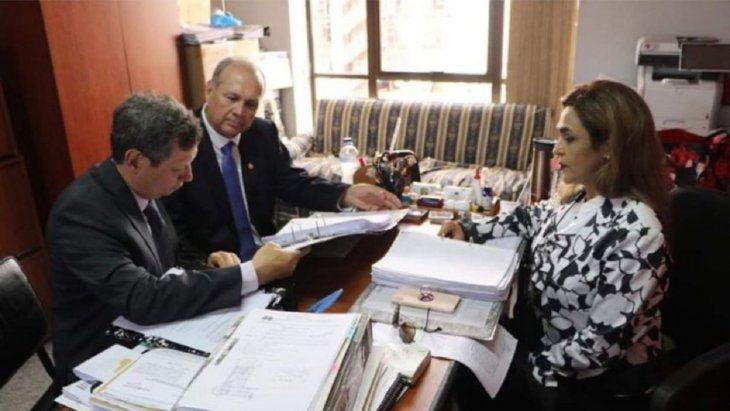 La fiscala Stella Mary Cano presentó acusación contra el ex intendente de Asunción Mario Ferreiro por los supuestos hechos de coacción y coacción grave