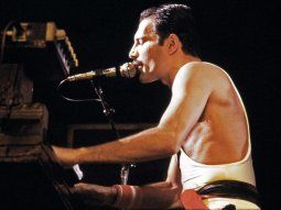 Enterrada durante cuatro décadas en los archivos de Freddie Mercury y después de dos años de trabajo, la canción ve ahora la luz editada bajo el título de Time waits for no one.