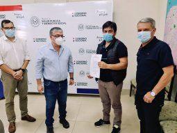 El doctor José Carlos Acosta fue convocado este Jueves Santo a la  capital del país para asumir el cargo de director de la región sanitaria  de Itapúa, acto que se realizó en la sede del Ministerio de Salud.