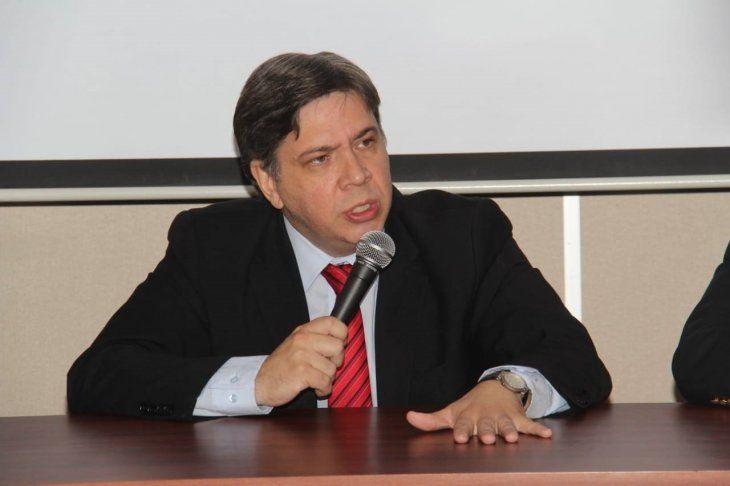 El fiscal adjunto de Lucha contra el Narcotráfico Marco Antonio Alcaraz Recalde formuló acusación contra el supuesto narcotraficante y pidió elevar la causa a juicio oral y público.