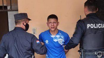 Amado Enrique Melgarejo Duré, alias Tayson, de 24 años, fue detenido a las 12.00 aproximadamente, por agentes de la Policía Nacional, de la Comisaría 5ª de Asunción.