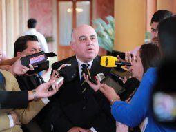 El titular de la Cámara de Comercio de Ciudad del Este, Juan Vicente Ramírez, señaló que son buenas señales las medidas anunciadas por el Poder Ejecutivo para reactivar el comercio fronterizo.