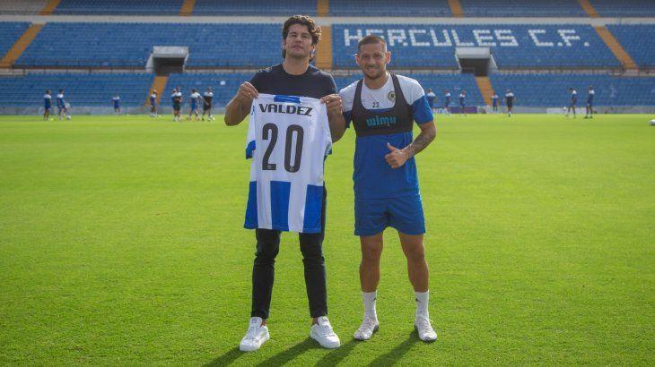 El jugador Nelson Haedo Valdez visitó las instalaciones y al equipo de Hércules