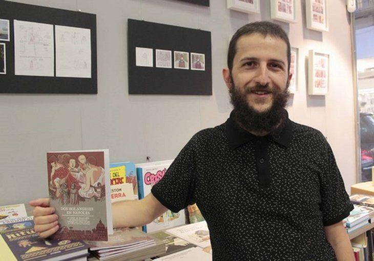 El ilustrador Álvaro Ortiz dirigió un taller en el Instituto Cervantes de El Cairo para dibujantes egipcios sobre cómo el cómic puede concienciar a la sociedad.