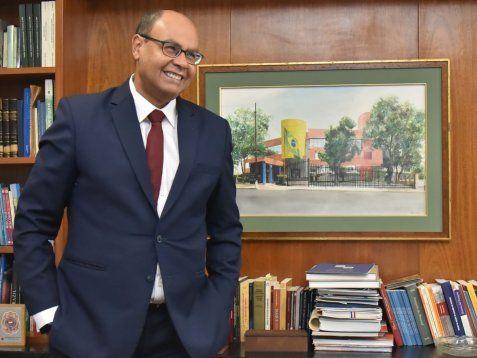 Diplomático.  Flávio Soares Damico, antes de venir a Paraguay, se desempeñó como embajador del Brasil ante Singapur durante  tres años y medio. A Asunción llegó el 2 de diciembre.