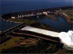 La reducción de tarifa de electricidad de la Itaipú está vinculada a la cancelación de la deuda de la hidroeléctrica, explicó Manuel María Cáceres, director paraguayo de Itapiú.