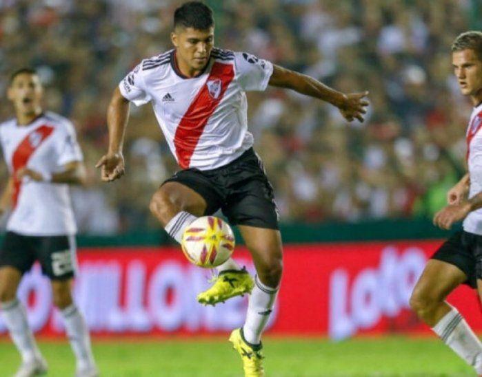 Robert Rojas durante el partido contra San Martín.