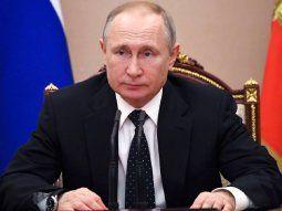 El presidente de Rusia, Vladimir Putin, sostuvo que en la situación actual no se debe pensar en obtener el máximo de beneficios, sino en garantizar la seguridad de las personas.