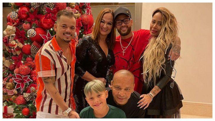 Neymar organizó una fiesta con 150 personas en plena pandemia.