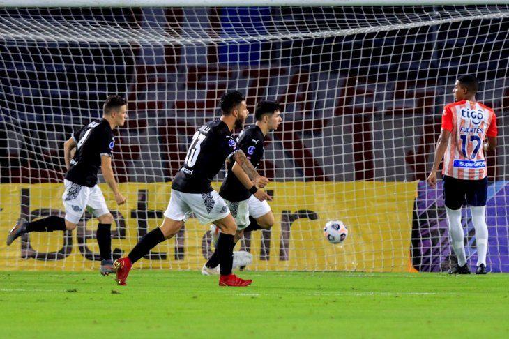 Libertad venció a Junior por Copa Sudamericana.
