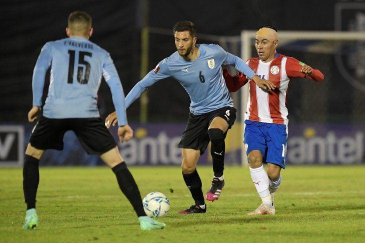 Paraguay y Uruguay empataron sin goles en Montevideo.