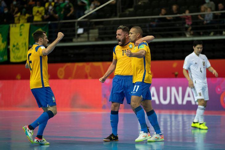 Brasil eliminó a Japón y avanzó a cuartos de final.