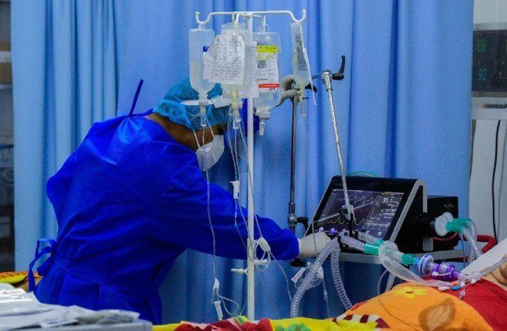 Ministerio de Salud lucha contra el Covid-19 sin oxígeno