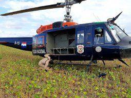 A raíz de los disparos de arma de fuego, el personal policial que se encontraba en el helicóptero lanzó gas lacrimógeno a fin de proteger a los intervinentes y asi lograr reducir a las 12 personas.