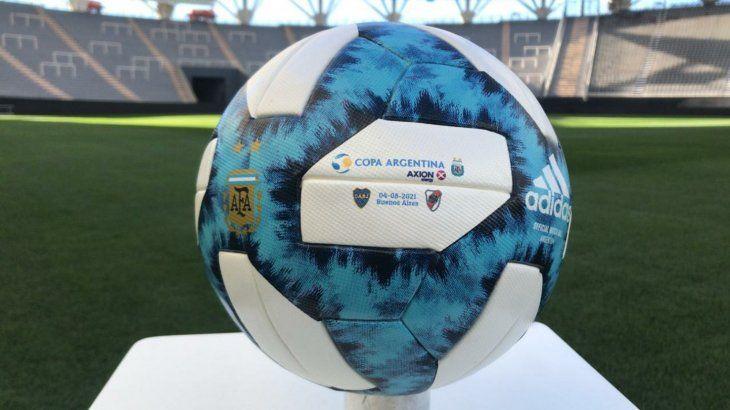 Boca Juniors y River Plate se miden en La Plata por un lugar en cuartos de final de la Copa Argentina.