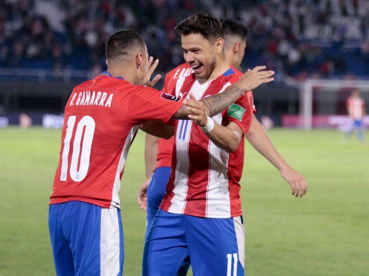 Paraguay va en busca de la victoria ante Argentina.