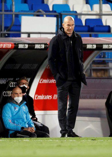 Más complicaciones para Zidane.