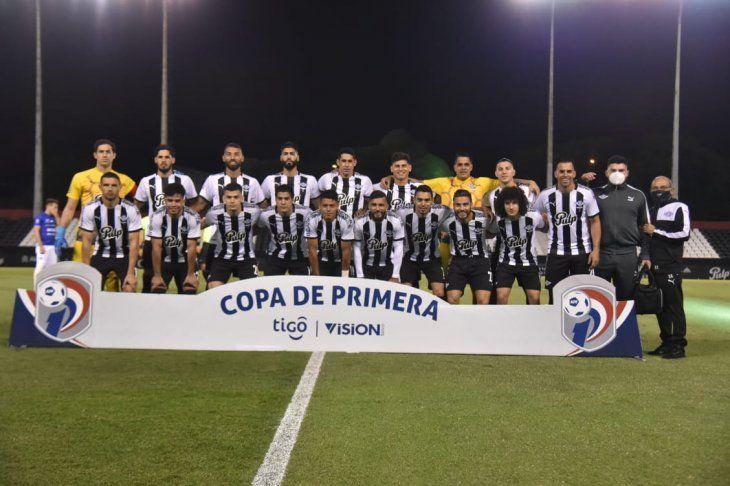 Libertad es el nuevo monarca del fútbol paraguayo.