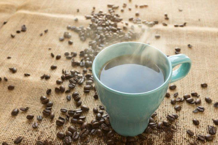 un nuevo estudio indica que consumir tres tazas cafe al dia puede reducir el riesgo muere derrame cerebral y enfermedades cardiacas
