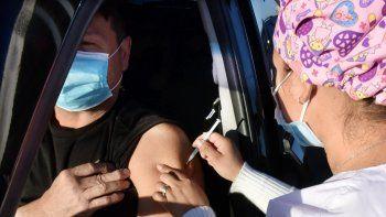 Ampliación. Desde el lunes, las personas con 52 años cumplidos o por cumplir ya podrán acceder a las diferentes plataformas para inmunizarse contra la enfermedad.