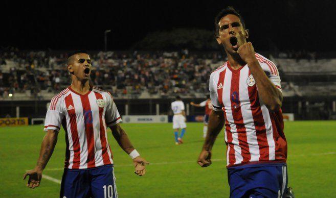 Roque Santa Cruz jugará en Olimpia. Foto: Archivo - Última Hora.