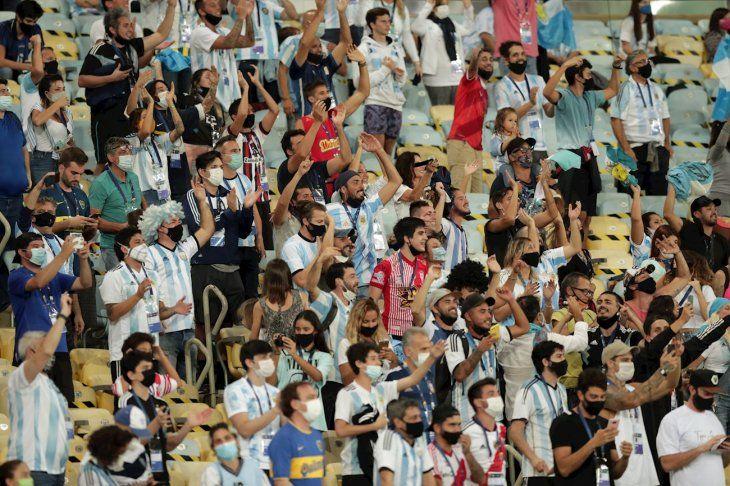 La final de la Copa América tuvo público en las gradas.