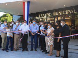 Con fondos de la Entidad Binacional Yacyretá  (EBY), se realizó la refacción y remodelación del Teatro Municipal de  CaacupéDoña Guillermina Franco Vda. Casamayoret.