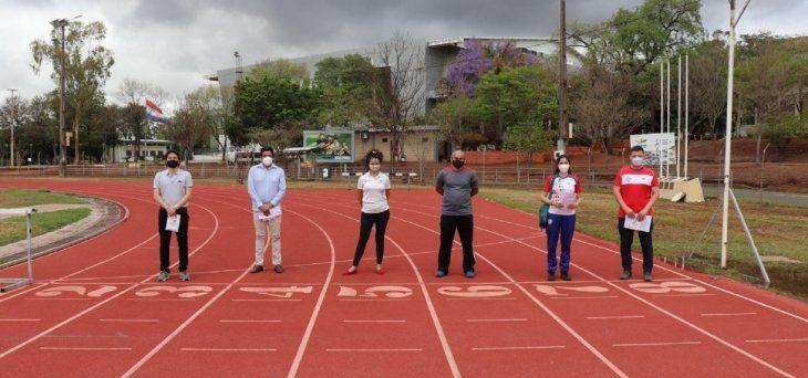 Los atletas locales vuelven a sonreír tras ocho meses de paro de competiciones.