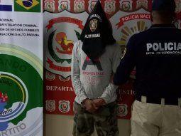 Agentes del Departamento de Investigaciones de Alto Paraná procedieron a la expulsión de Gleidesson Avelar de Carvalho Costa, de nacionalidad brasileña, de 29 años.