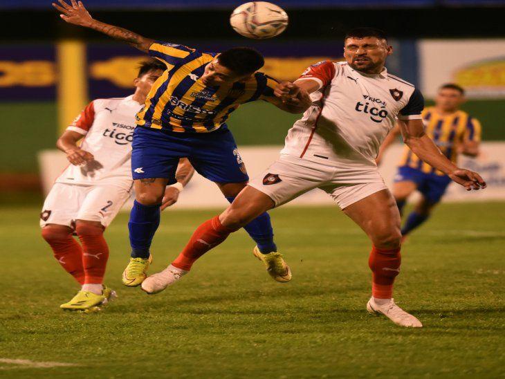 A todo dar. Luqueño y Cerro Porteño protagonizaron un partido sin tregua en el que hubo hermosos goles