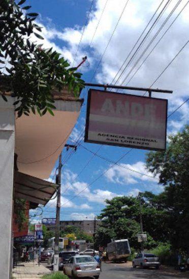 La oficina de atención al cliente de laAdministración Nacional de Electricidad (ANDE)