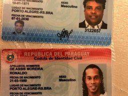 Las cédulas de identidad paraguaya falsas, con los números 3.122.656 y 3.122.657, como los pasaportes, en los cuales constaba que los mismos eran de nacionalidad paraguaya naturalizada.