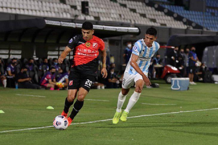 Guaireña FC enfrenta hoy a River Plate