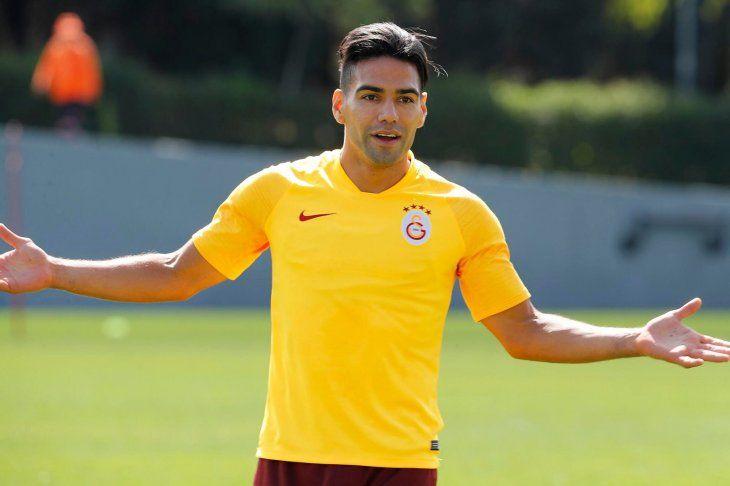 Radamel Falcao en el entrenamiento del Galatasaray.