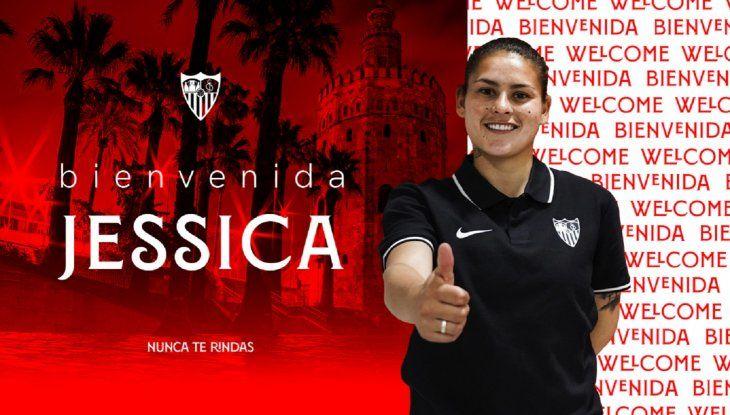 La delantera paraguaya Jéssica Martínez se convirtió en el nuevo refuerzo del Club Sevilla para la temporada 2021/2022.