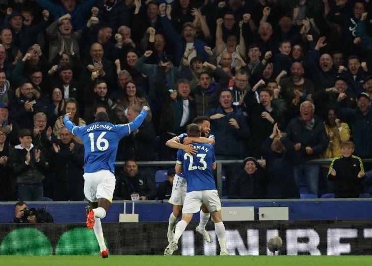 Everton consiguió una gran remontada frente al Burnley.
