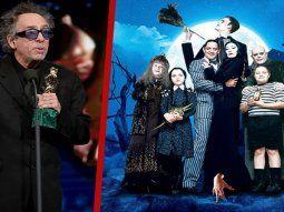 Esta nueva serie sobre la familia Addams se podría beneficiar,  indirectamente, de la buena acogida que tuvo la película animada La Familia  Addams (2019), que recuperó la gótica saga para el público  infantil.