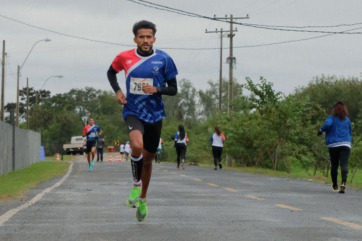 Derlys Ayala se impusoen la corrida que conmemora el Día Mundial del Olimpismo.
