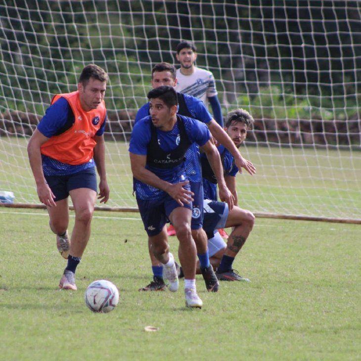 Sol de América se medirá en un amistoso contra Cerro Porteño este miércoles.