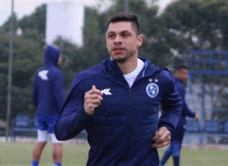 Rodrigo Rojas entrenando en Sol de América.