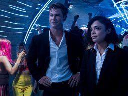 Chris Hemsworth y Tessa Thompson llevan el peso protagonista de la película Men in Black, pero a ellos se unen otros actores de calibre como Liam Neeson.