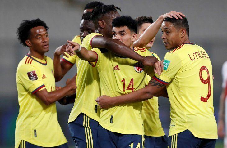 Colombia mide a Ecuador este domingo por la noche por Copa América.