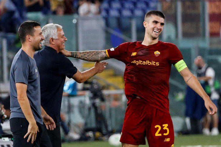 El Roma del portugués Jose Mourinho sólo sabe ganar en la temporada actual