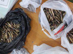 En el comercio ubicado en la ciudad de Salto del Guairá, en el  Departamento de Canindeyú, se procedió a la incautación de una  gran cantidad de armas, componentes y municiones.