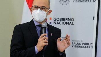 El director del Programa Ampliado de Inmunizaciones, Héctor Castro, sostuvo que se llegará este lunes al millón de paraguayos vacunados con al menos una dosis contra el Covid-19.