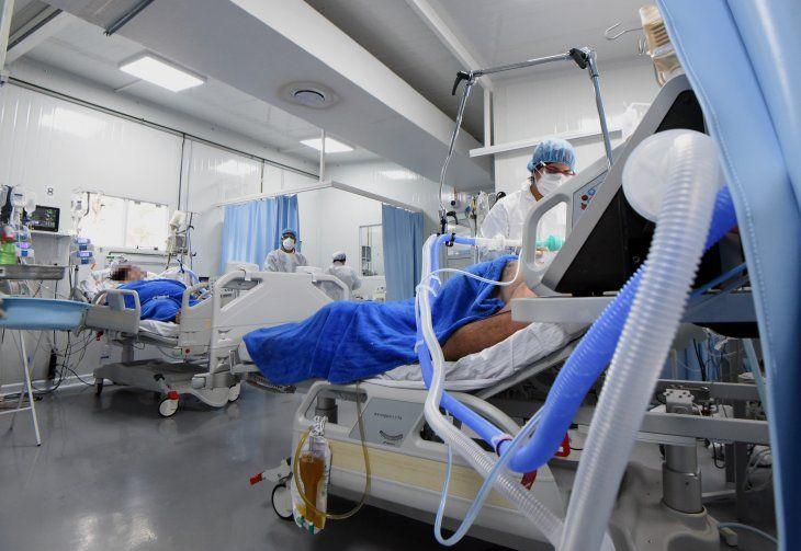 Las terapias se encuentran al tope con los casos de pacientes con Covid-19.