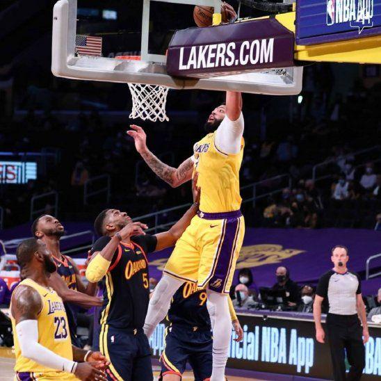 Gracias a una gran actuación de LeBron James