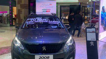 SINERGIA. Puma Energy y Automaq proponen una nueva alianza, donde ofrecen la experiencia de conducir un Citroën o Peugeot 0 km con el tanque lleno de un combustible de calidad.