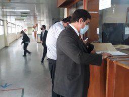 El director jurídico de la Municipalidad de Asunción, Benito Torres, por la defensa del intendente Óscar Rodríguez y 11 concejales pidió la nulidad del acta de imputación por el caso Empo Ltda.