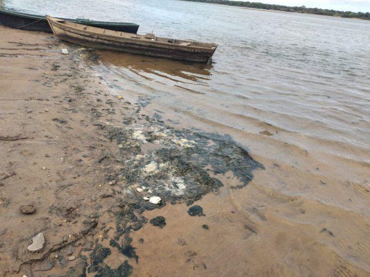 Ayolas. La localidad más afectada por la bajante del río.
